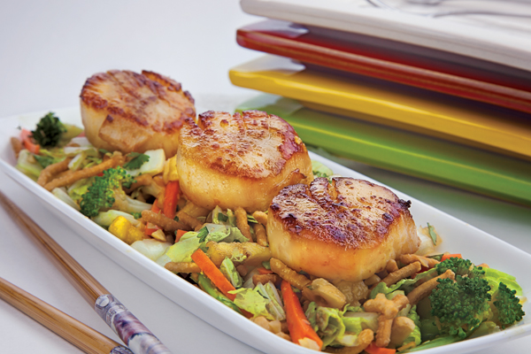 Seared Scallops with Teriyaki Salad