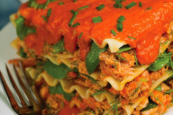 Salmon lasagna salad