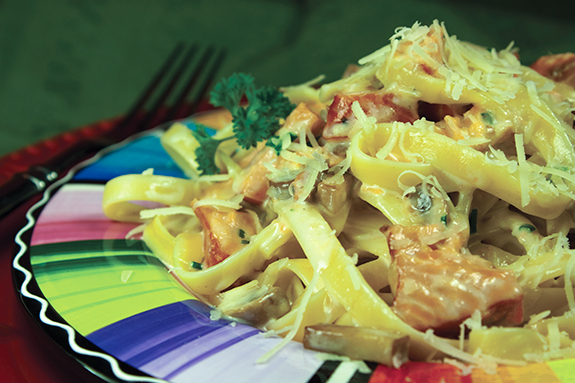 Fettuccini with Smoked Salmon, Cremini Mushrooms and Chives